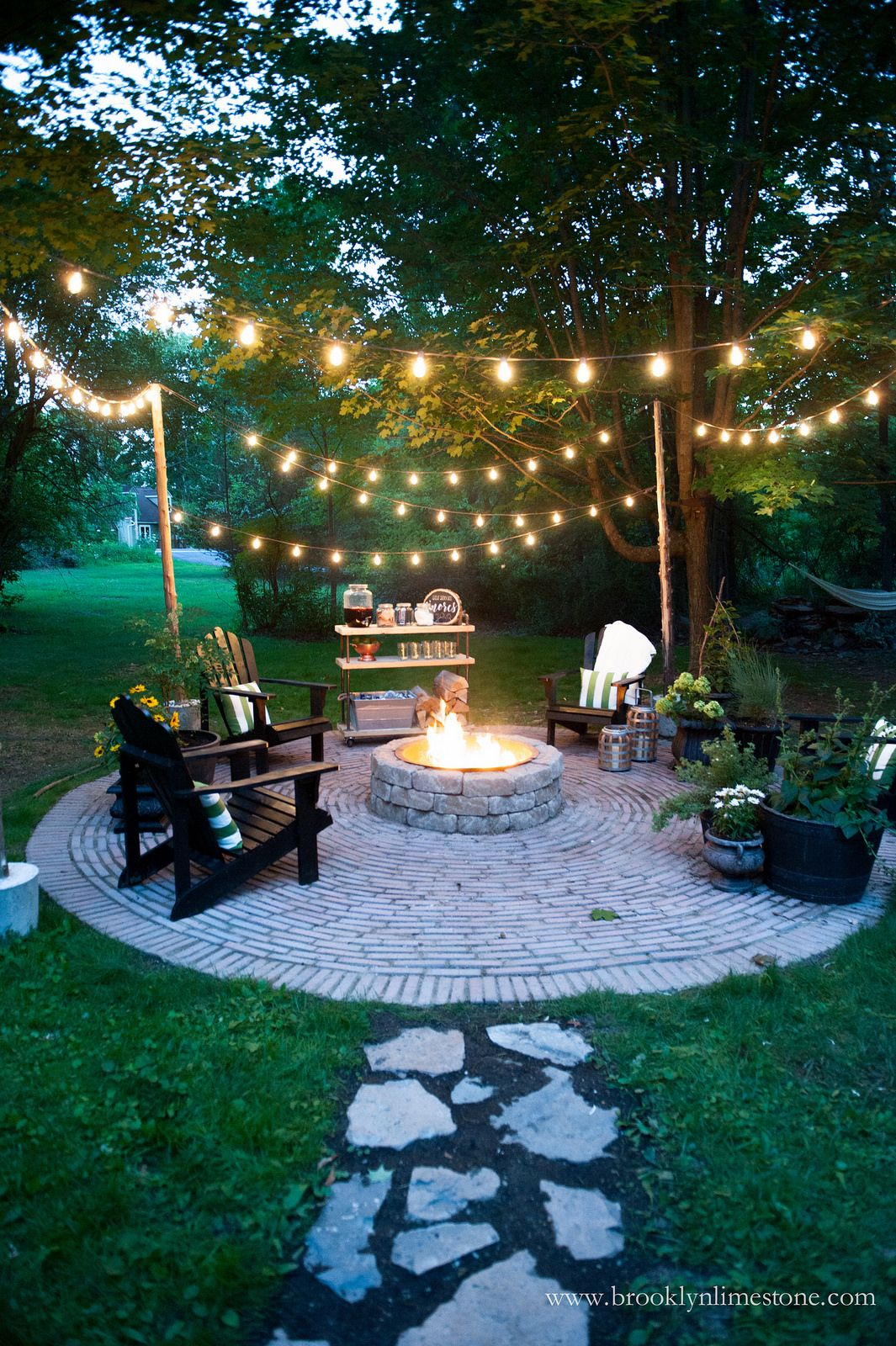18 Fire Pit Ideas For Your Backyard Decor For The Home regarding proportions 1065 X 1600
