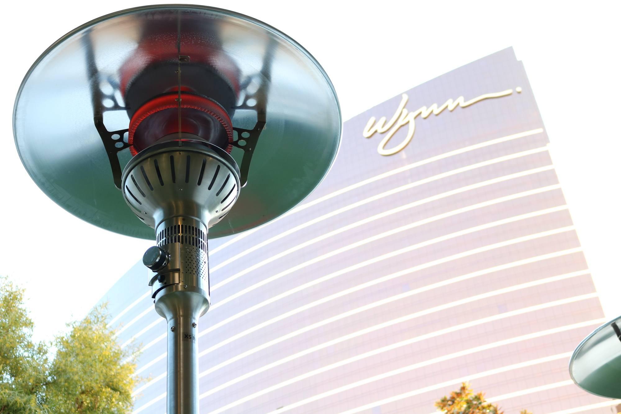 Evenglo Portable Gas Patio Heater Wynn Las Vegas Ir Energy throughout proportions 2000 X 1333
