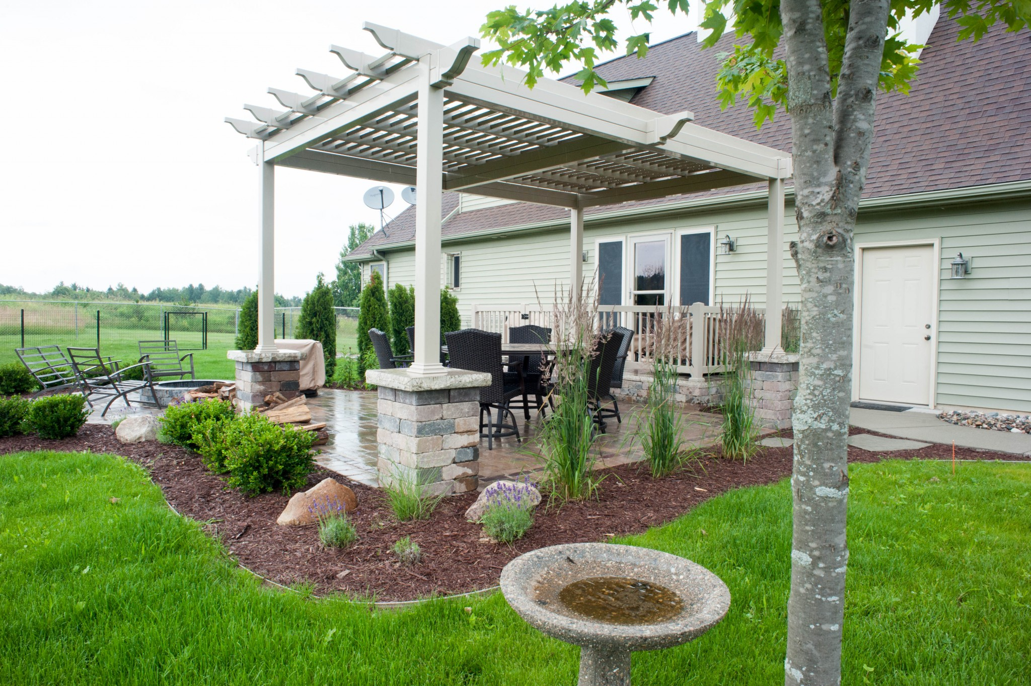 Pergola Over Paver Patio With Fire Pit Rd Landscape with regard to proportions 2048 X 1363